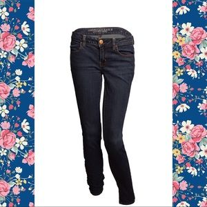 🎀AMERICAN EAGLE DARK WASH JEGGINGS🎀