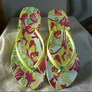 Lucky Brand flip flops  MAKE REASONABLE OFFER ☺