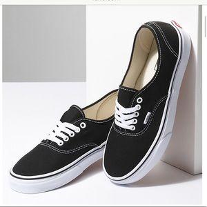 🆕•Vans Authentic Sneakers•