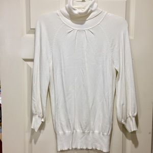 Express cream 3/4 sweater