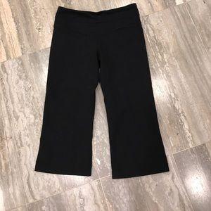 Lululemon Capri Black yoga pants