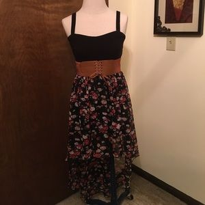Floral belted high- low skirt