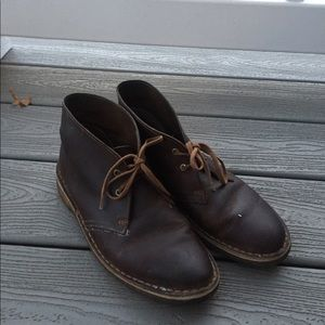 Brown leather short clarks