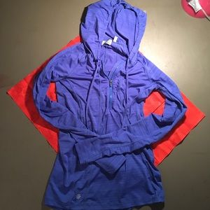 Athleta sz XS blue quarter zip hooded long sleeve