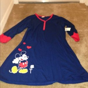 Walt Disney Mickey Mouse Night Shirt Nwt Size L XL