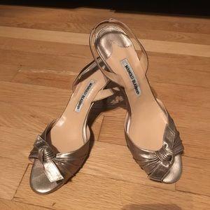 Size 40 champagne Manolo Blahnik heels