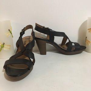 Clarks Cushion Heel Sandals
