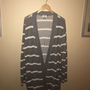 Old Navy oversized XL gray white striped cardigan
