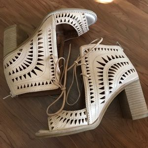 Bnwot Jeffrey Campbell Cordillo sandals