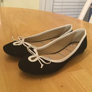 Elle shoes