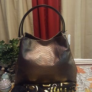 👜NWT👜 COACH Phoebe Snake Embossed Shoulder Bag