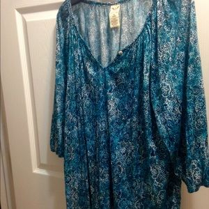 Single button pretty gathered peasant blouse. NWOT