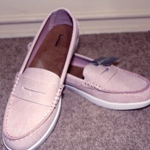 Comfortable Pink Loafer