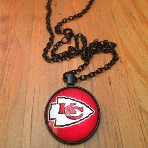 🆕 NWOT  Kansas City Chiefs Necklace