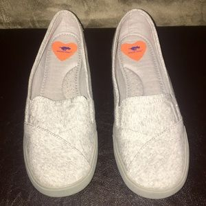 Rocket Dog Slip on Shoes sz 8
