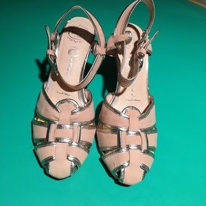 Jeffrey Campbell Tannish Peach Thick Strapped sz6