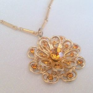 Vintage Golden Rhinestone Flower Pendant Necklace
