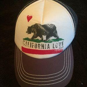 billa bong california love trucker hat
