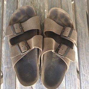 Birkenstock classic sandals size 7