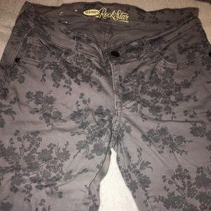 Old Navy Rockstar flower patterned skinny jeans