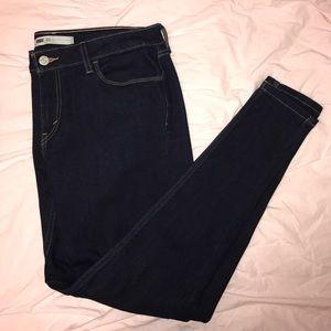 Levi's Very Skinny Jeans