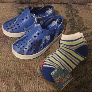 Other - Blue Shoes Clog Size 7/8 & Socks