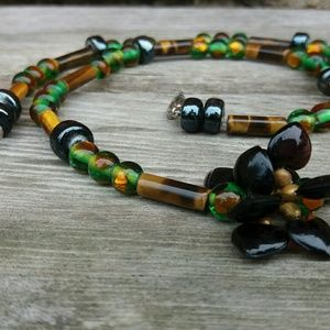 Jewelry - Green and Copper Glass HEARTS Necklace