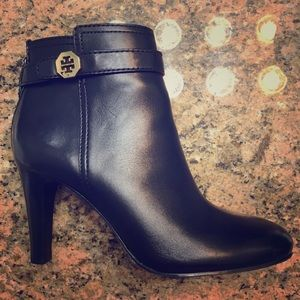 Tory Burch Brita bootie 7.5 WORN ONCE