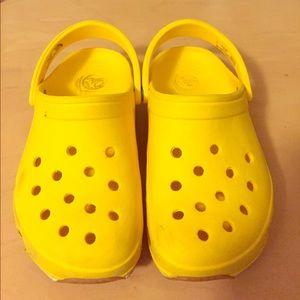 Other - Super cute yellow crocs.