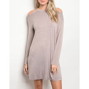 | COLD SHOULDER SHIFT DRESS |