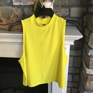 💛💛Chartreuse crop tank 💛💛