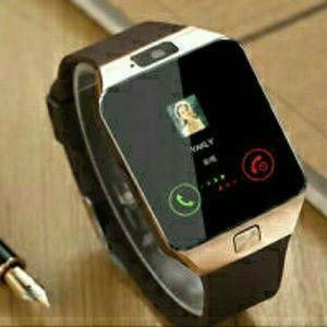Jewelry - Go Bold With This Stylish Bluetooth DZ09 Smartwatc
