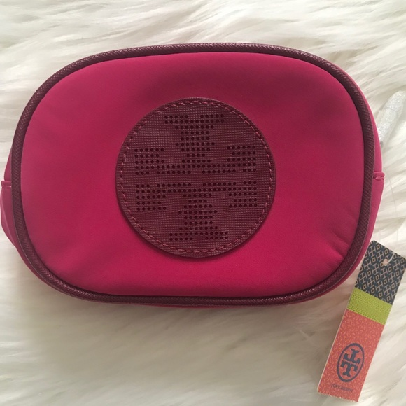 62c3b1b70e3 Tory Burch Billie Small Classic Cosmetic Case