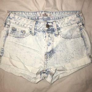 Hollister avid wash shorts