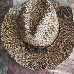 Wallaroo women hat