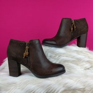 Sperry size 9 leather brown booties