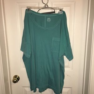 Cute baggy tshirts - dress up or down