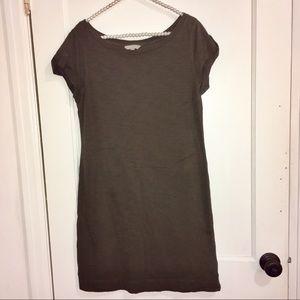 Banana Republic olive green t shirt dress size M