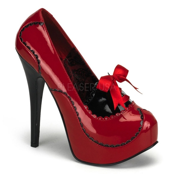 f1f3303e558 Platform Stiletto High Heels Scalloped Red Patent NWT