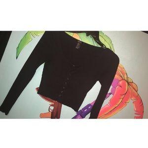 ♠️| Black Long Sleeve Crop Top.