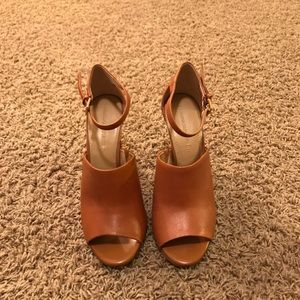 Banana Republic open toe heel sandal