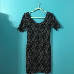 Black lace design bodycon dress