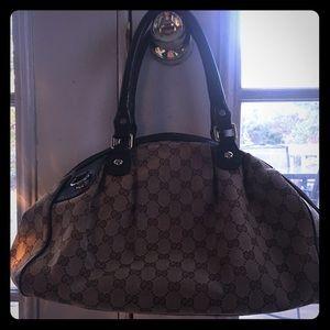 Gucci Large Sukey Hobo bag.