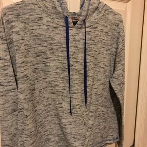 Juicy Couture Pullover with hood