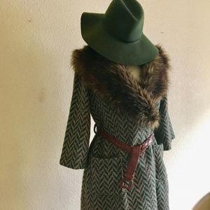 70s-inspired Zig Zag Tweed Coat with Fur Trim
