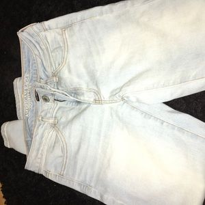 AEO high rise light wash skinny jeans/jeggings,s 6