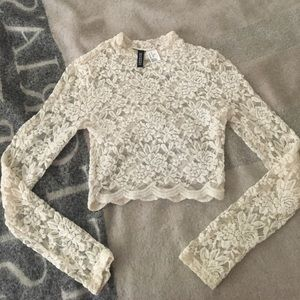 LACE CROP TOP FROM H& M