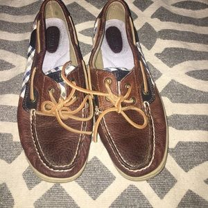 Sperry top-siders size 7.5