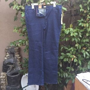 NWT DKNY Jeans