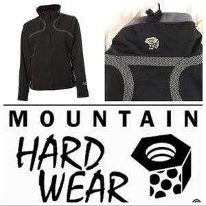 Mountain hard ware synchro jacket size small